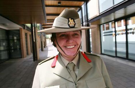 Australian Commando vs. Lyn McDade