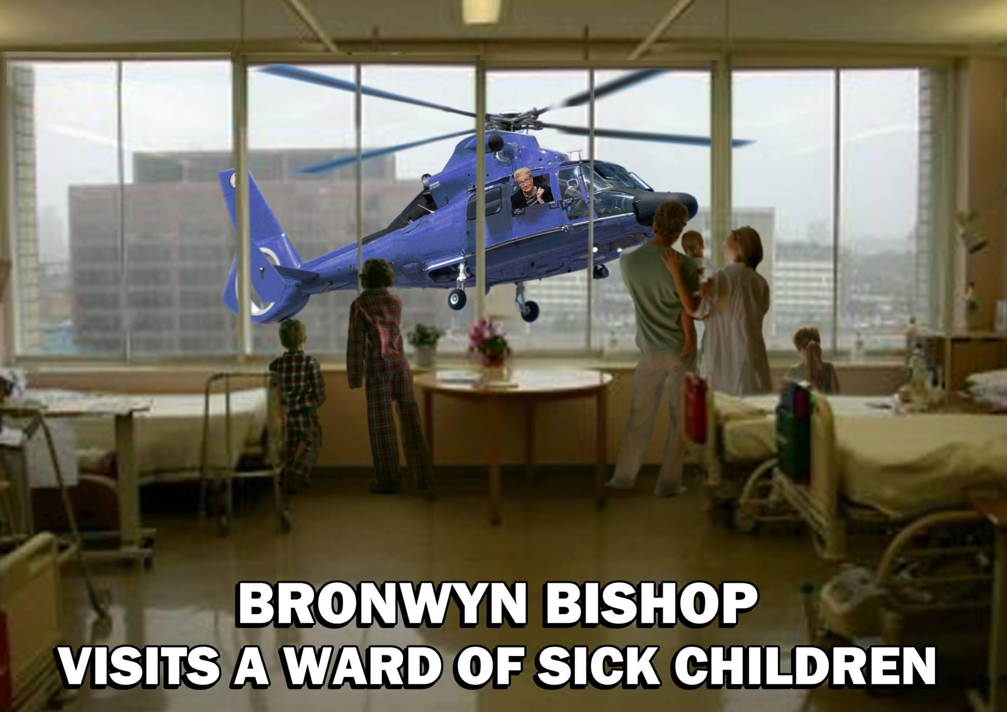 Bronwyn Bishop visita a niños enfermos